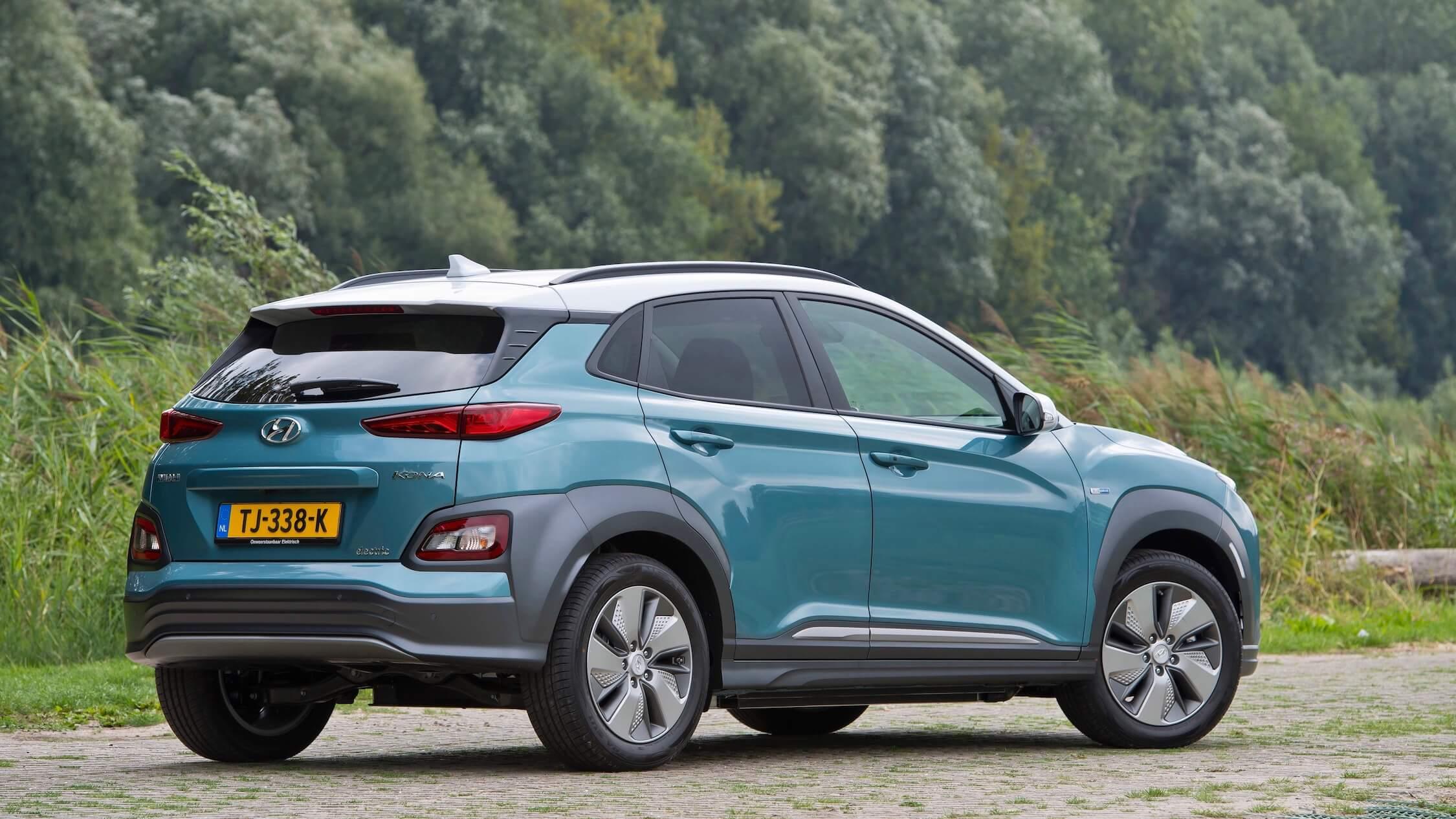 Hyundai Kona EV achterkant