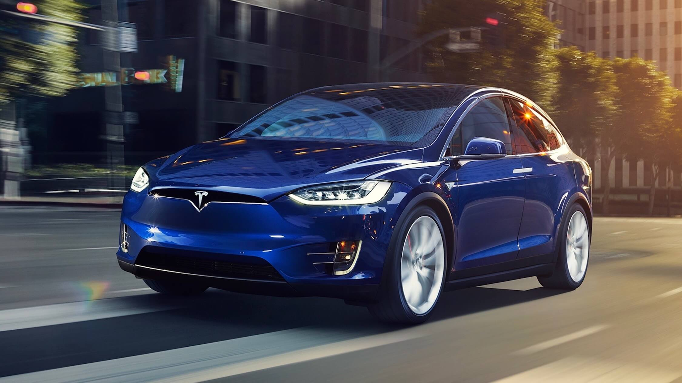 Tesla Model X blauw
