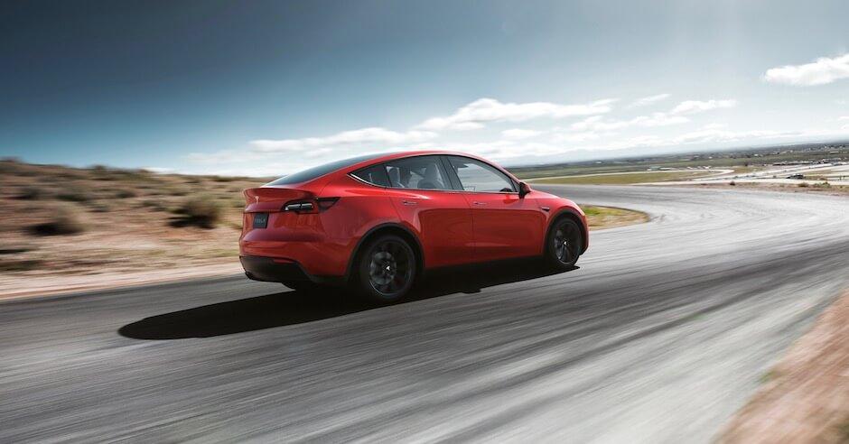 Tesla Model Y rood