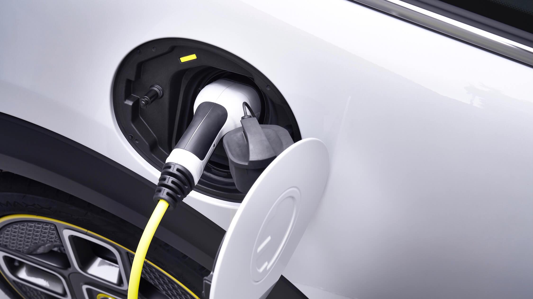 elektrische Mini opladen