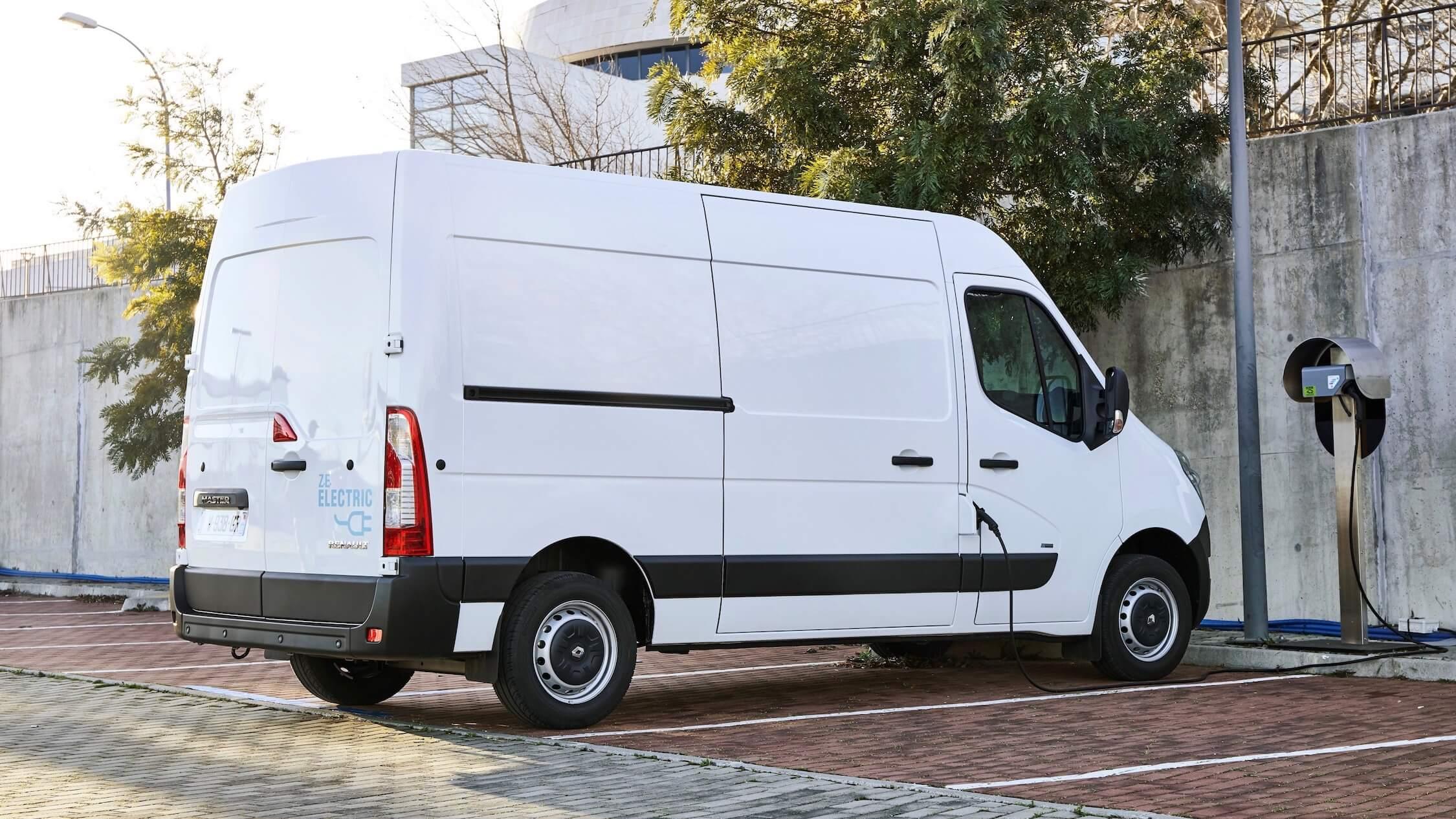 elektrische Renault Master ZE opladen