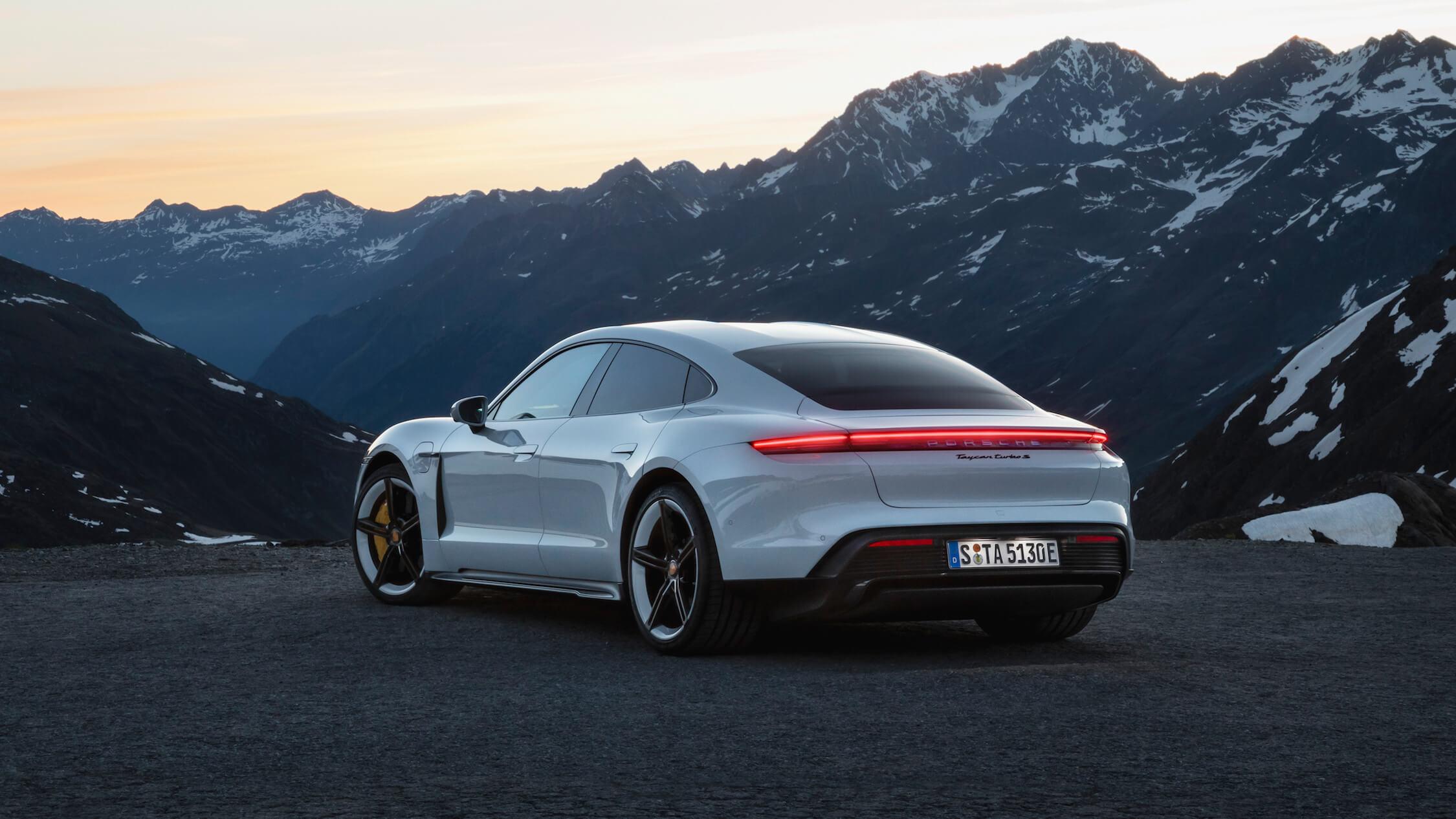 Porsche Taycan lichten