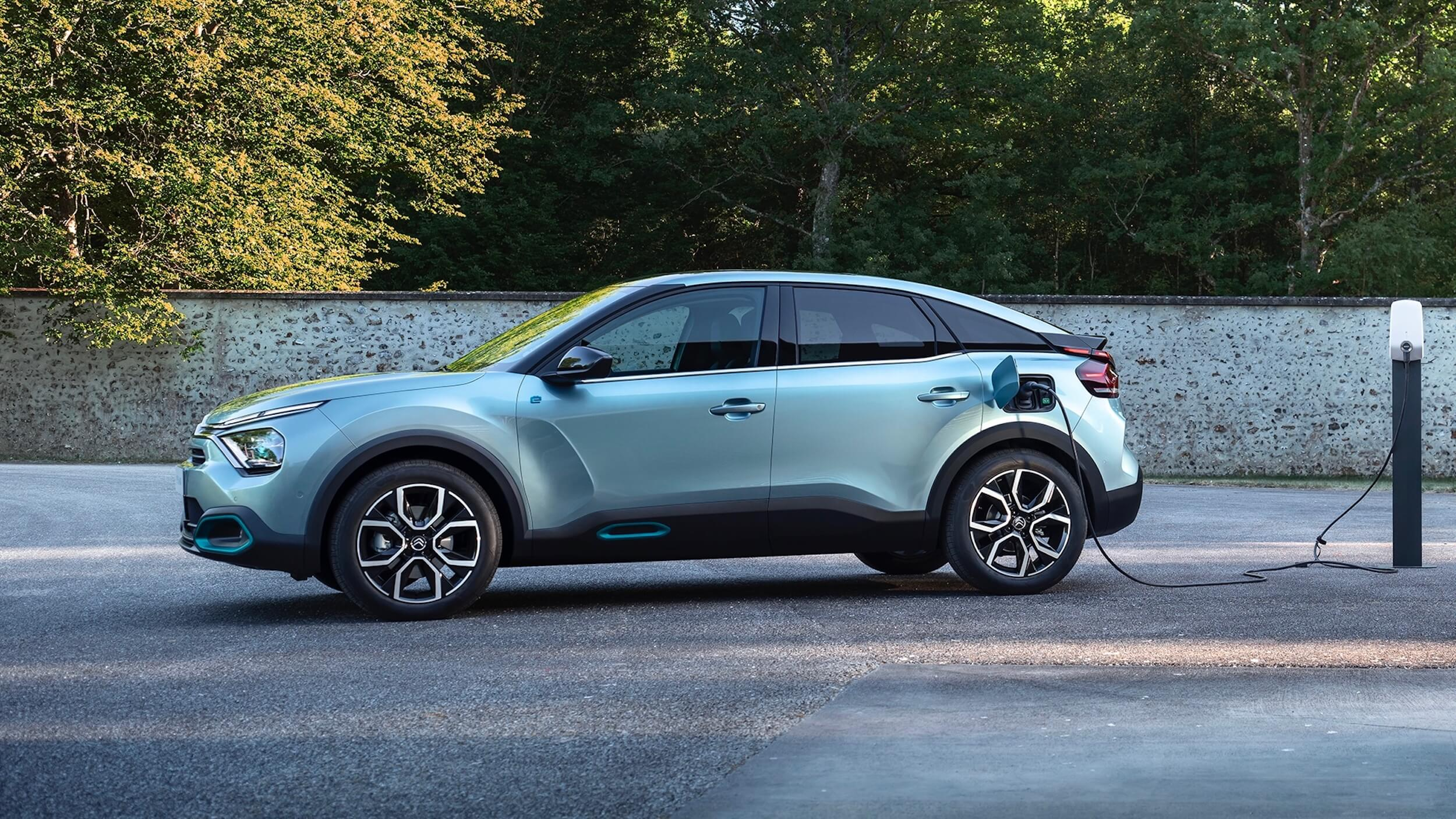Citroën e C4 laden