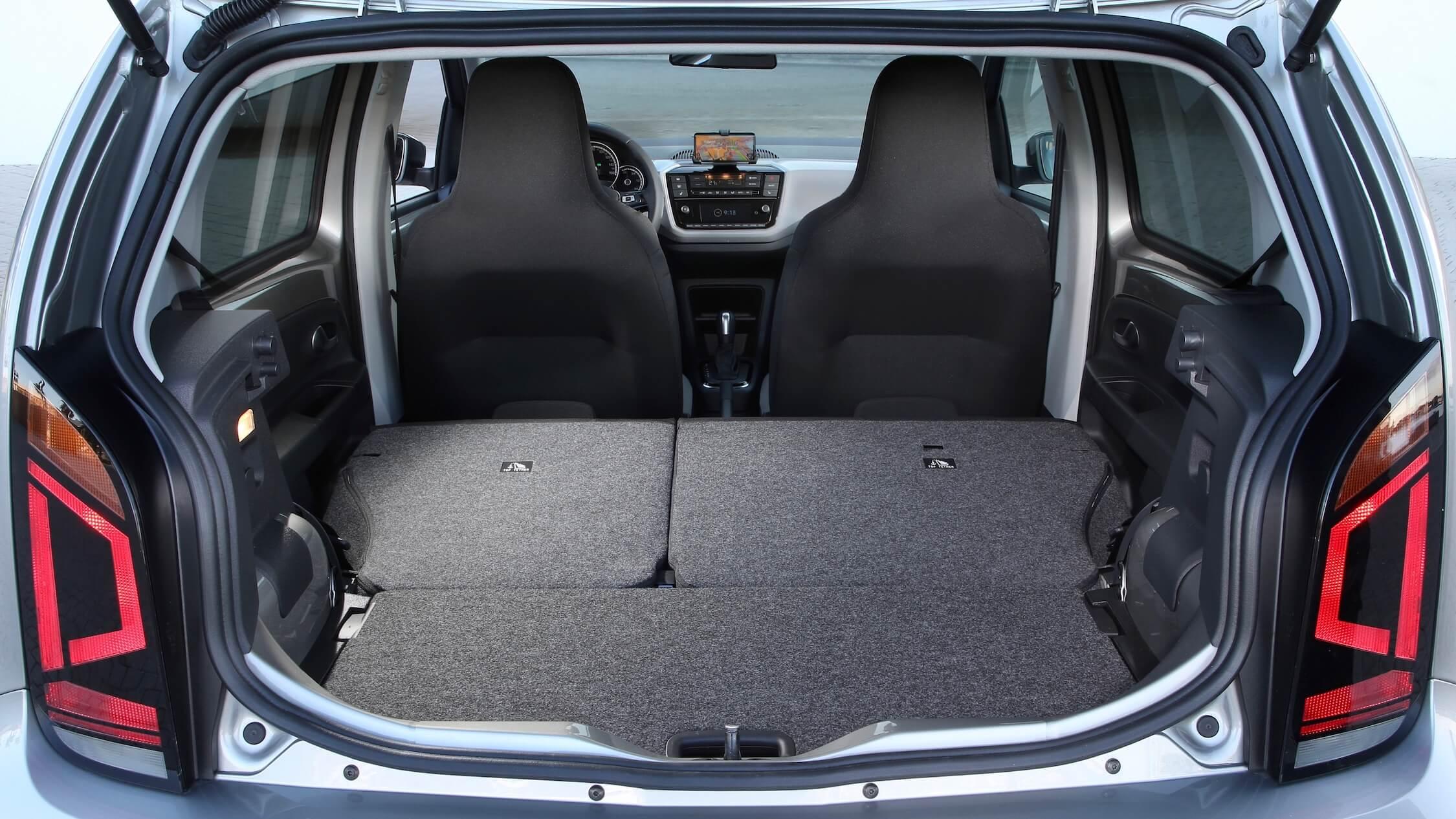 Elektrische Volkswagen e-Up laad ruimte