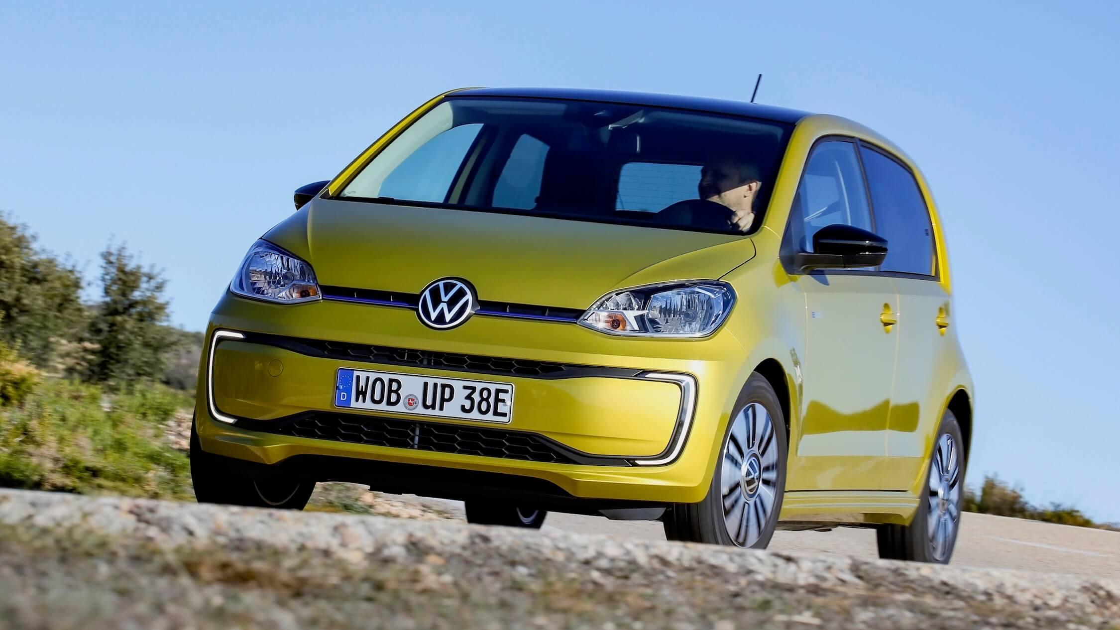 Gele Volkswagen e-Up