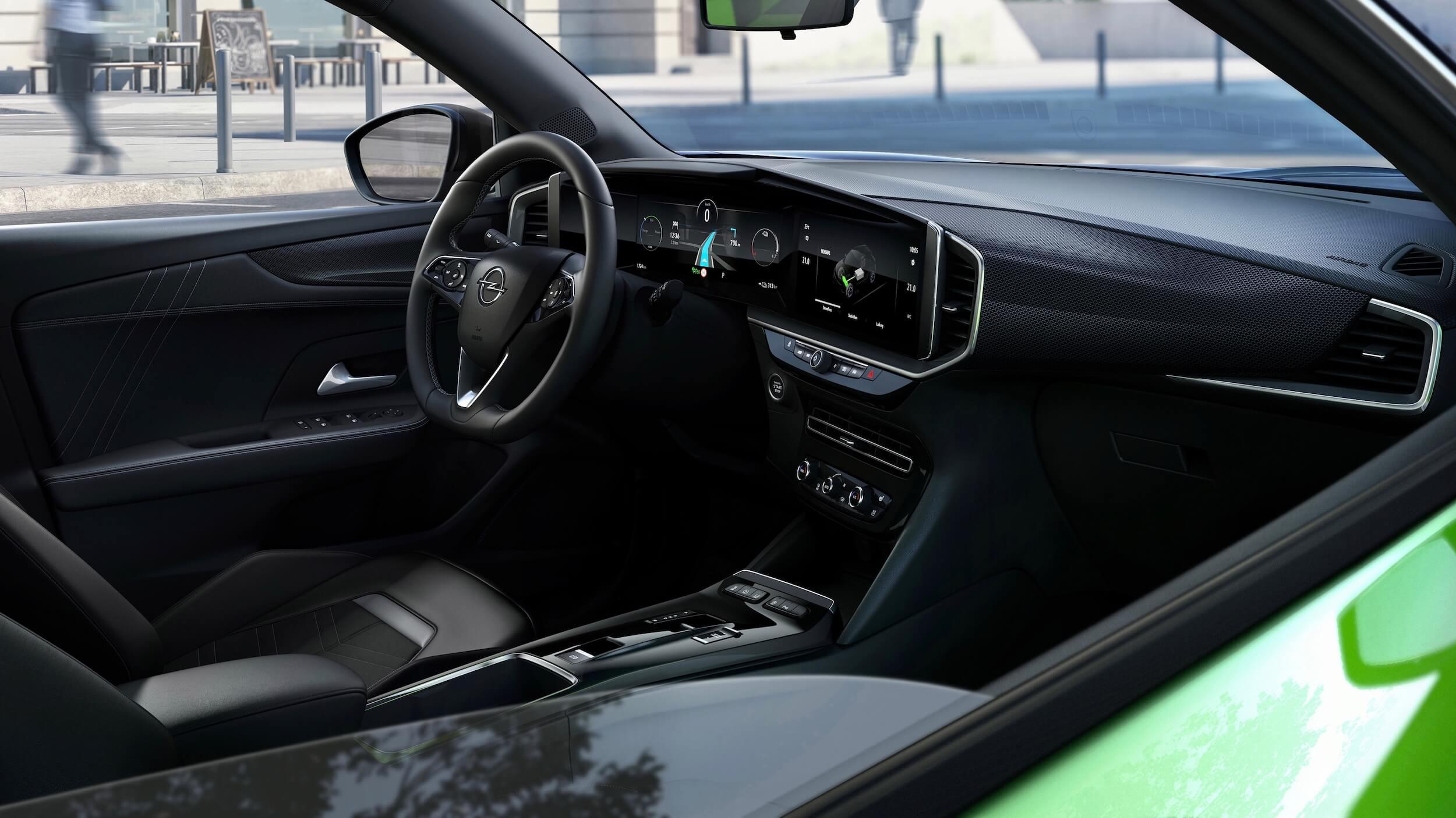 Opel Mokka e stuur en dashboard