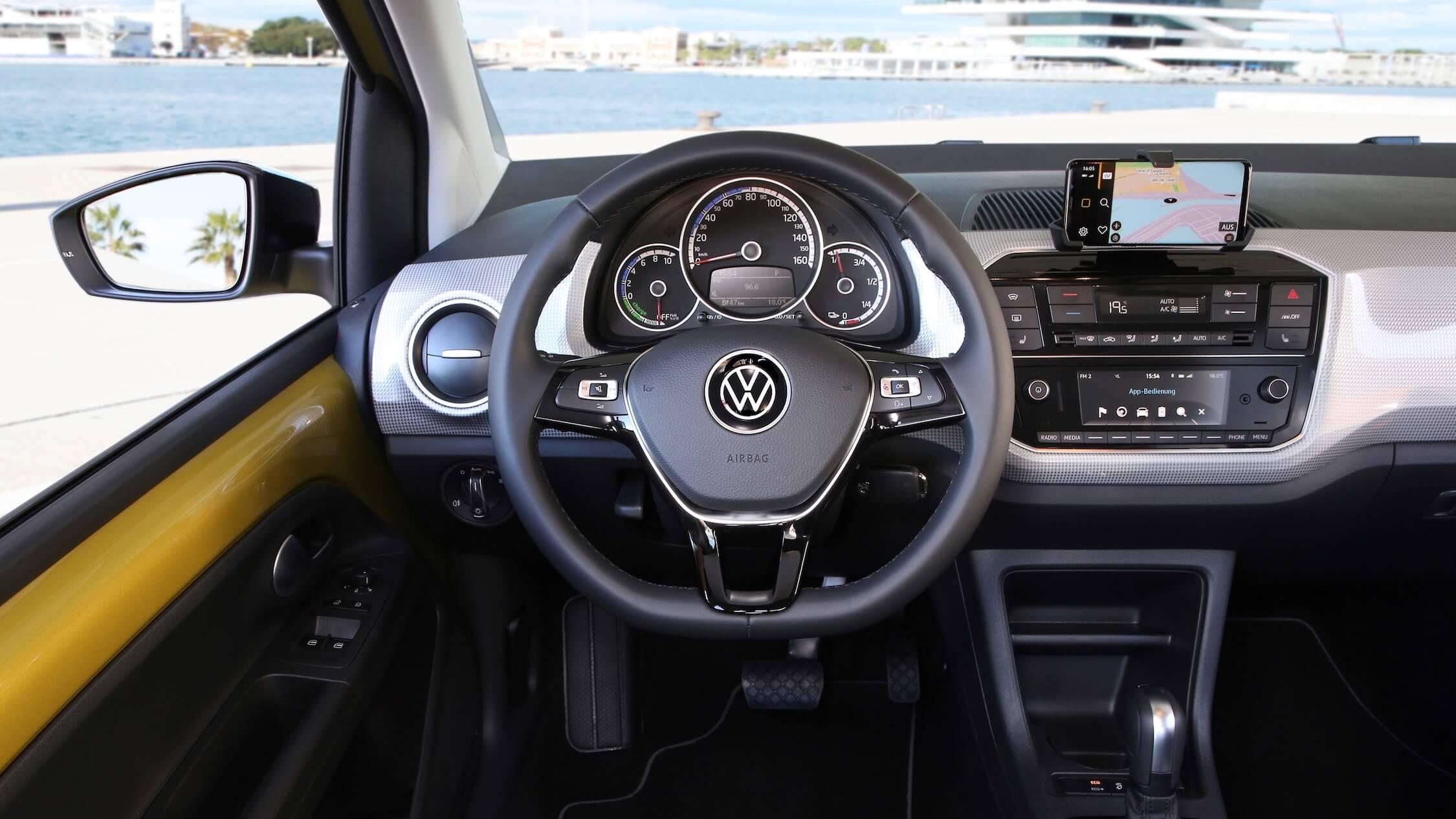 Volkswagen e-Up interieur en stuur