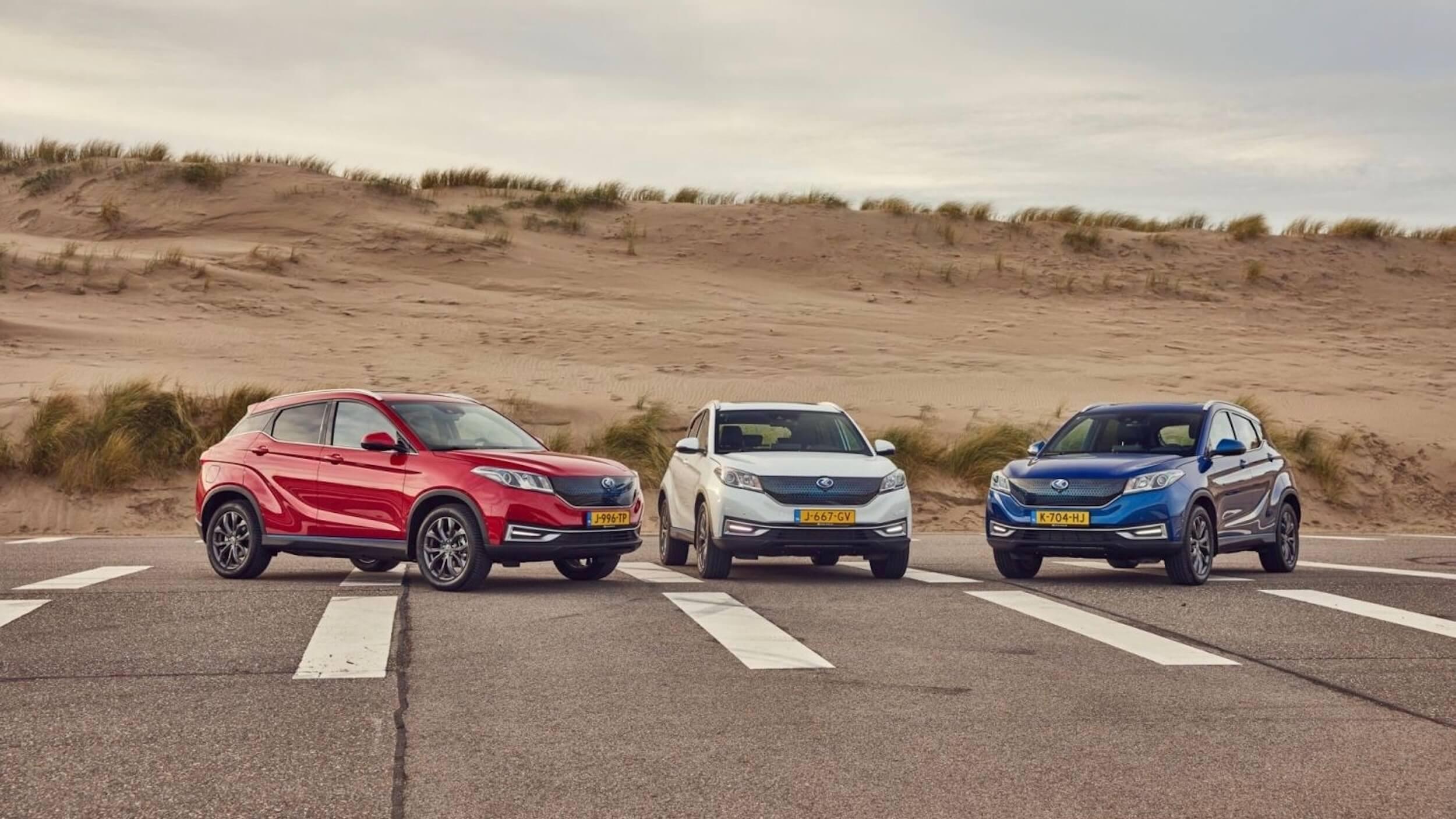 Drie Seres 3 autos naast elkaar