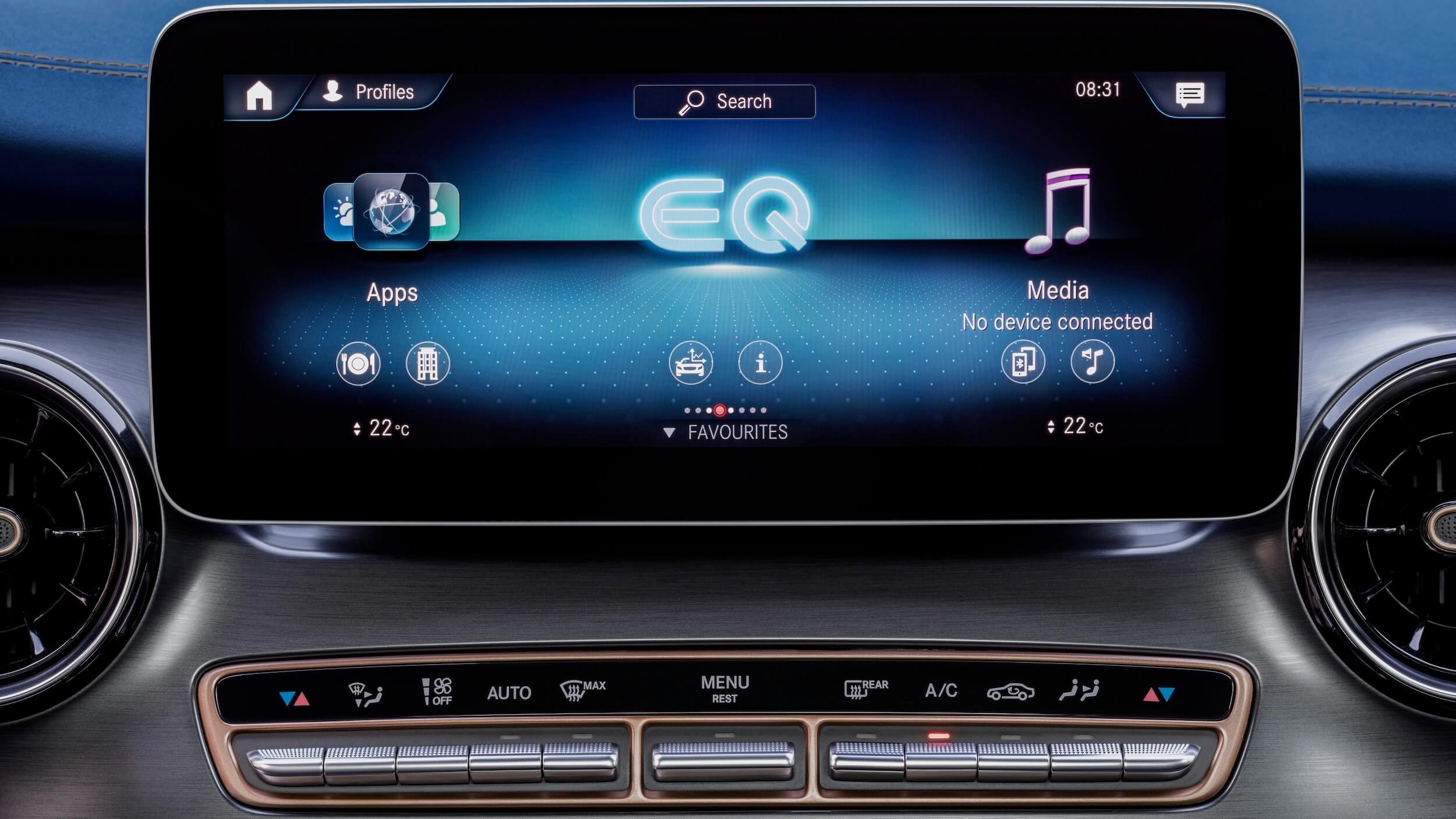 Mercedes EQV 300 infotainment
