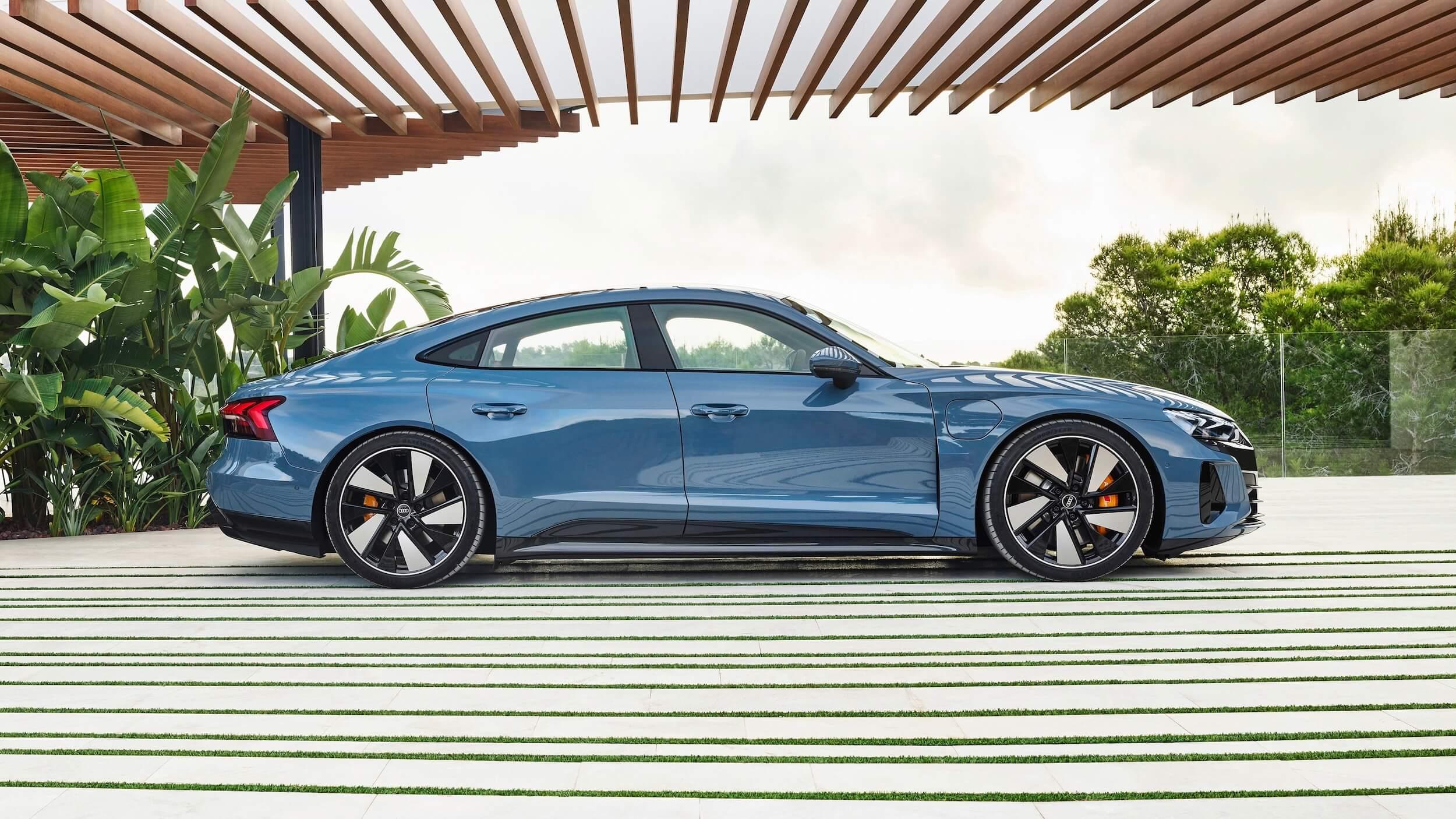 Profiel Audi e tron GT quattro