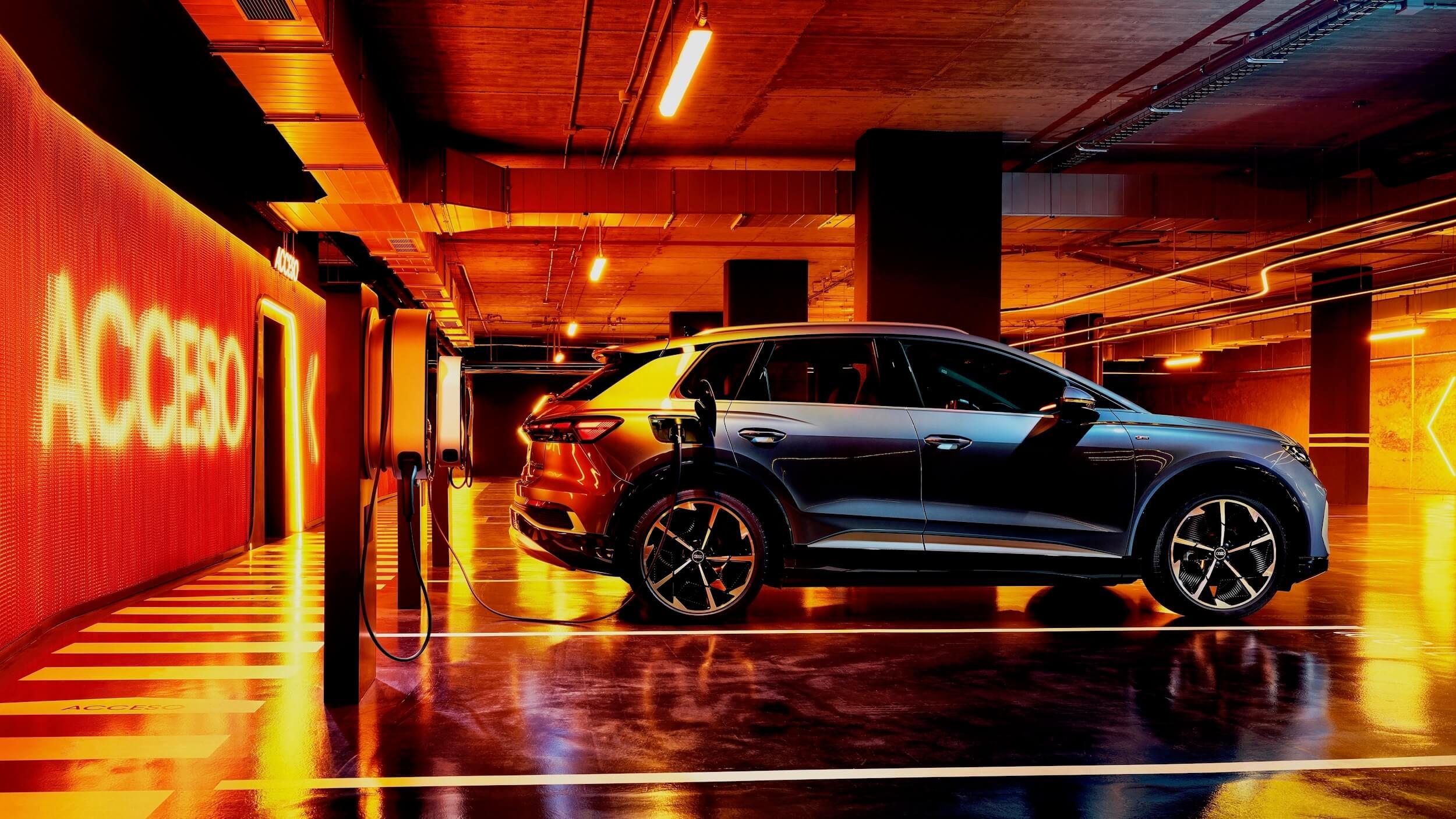 Audi Q4 e tron laadpaal